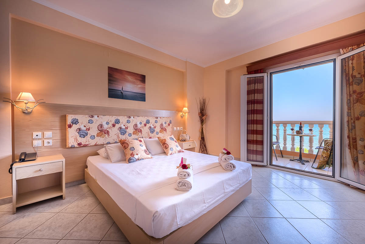 Anemona Beach Suites